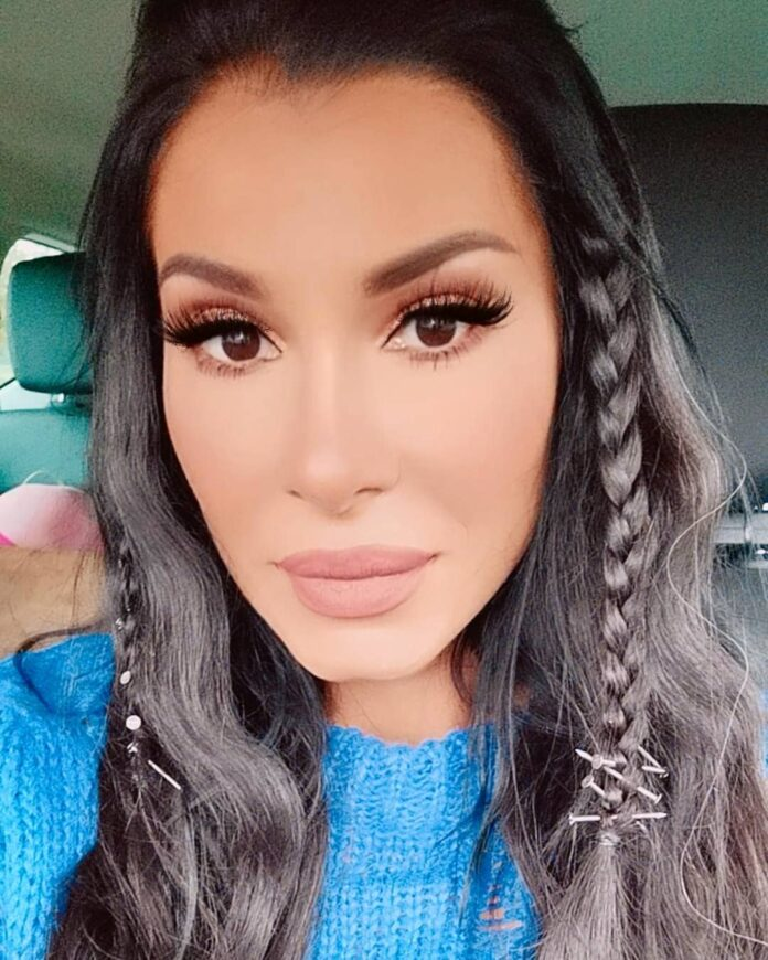 Mia Borisavljević oduševila svojim izgledom nakon porođaja!