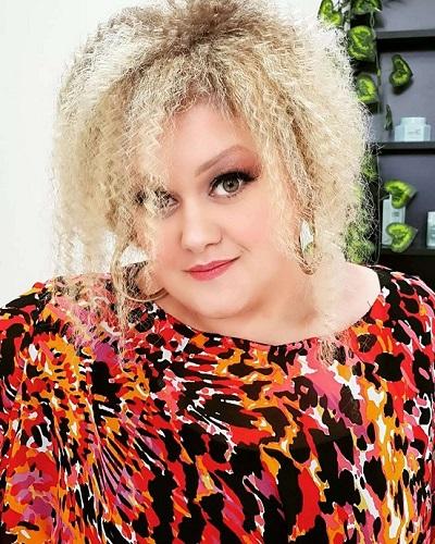 Pevačica izgubila trećinu svoje kilaže: Bojana Stamenov neprepoznatljiva!